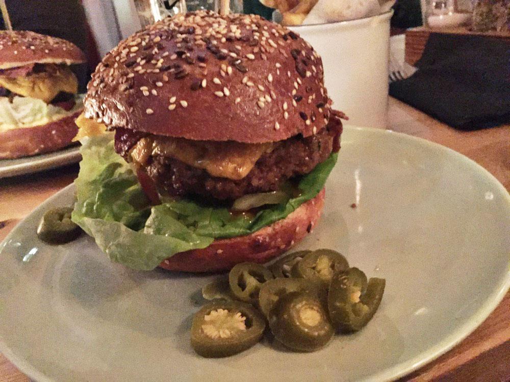 De Bedroefde BurgerBoys: Brouwerij Troost