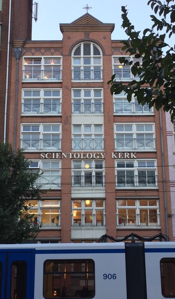 Scientology@ Famous Burger