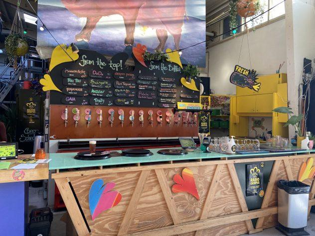 Een foto van de bierselectie in de Oedipus Brouwerij