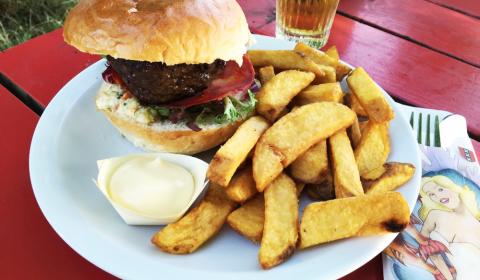 Hannekes Boom | The Burgerboys bedenken zich