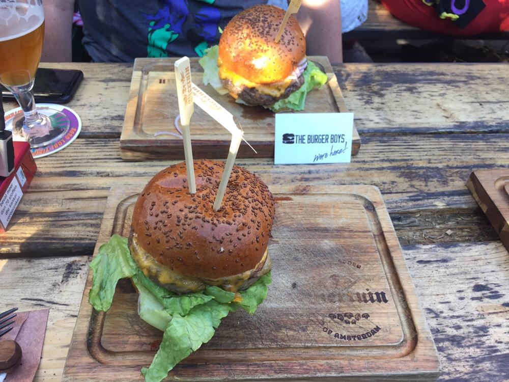 Foto van Cheeseburger